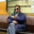 Мемы и приколы про модников в метро