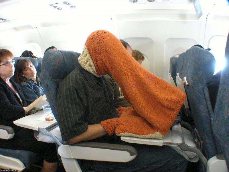 демотиваторы и приколы про полеты на самолете (13)