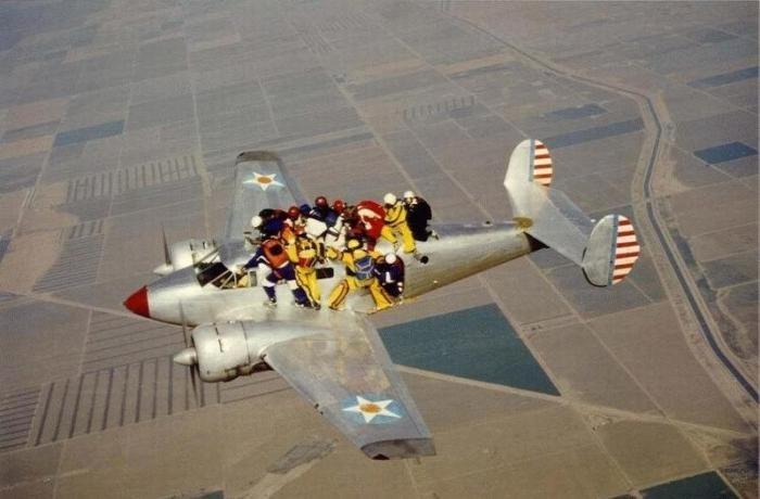 демотиваторы и приколы про полеты на самолете (9)
