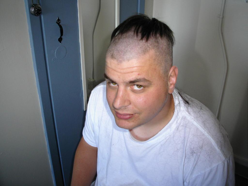 самые ужасные стрижки и причёски фото (28)