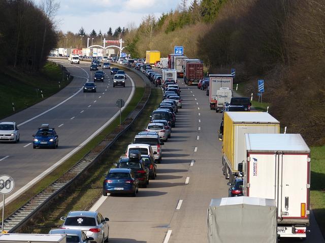 highway-2548838_640