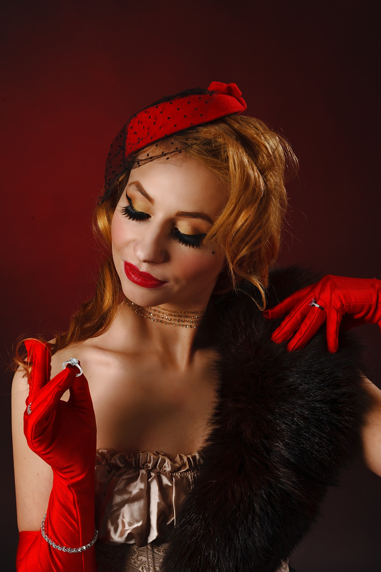 burlesque-4064903_1920