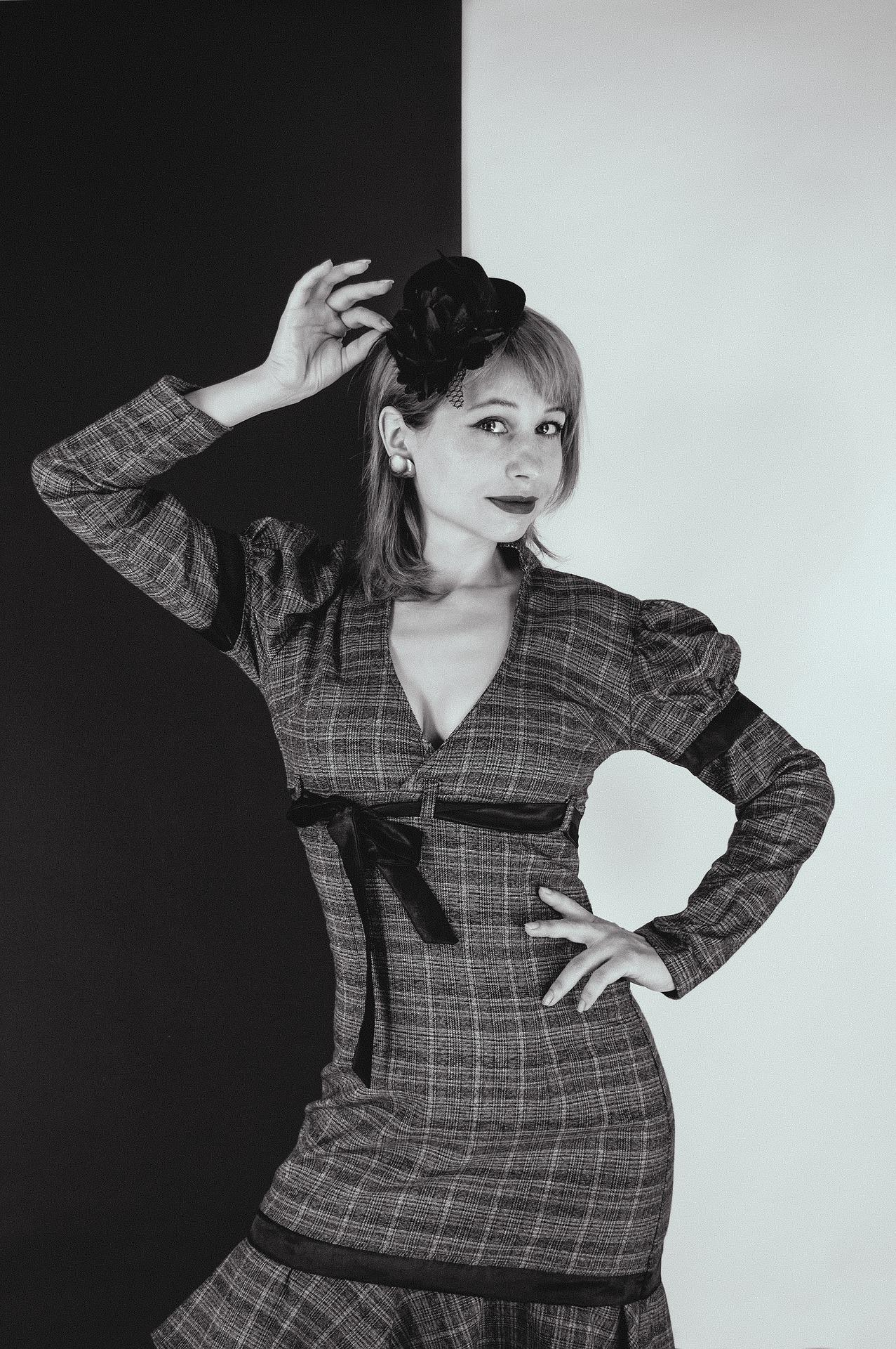 woman-6266563_1920